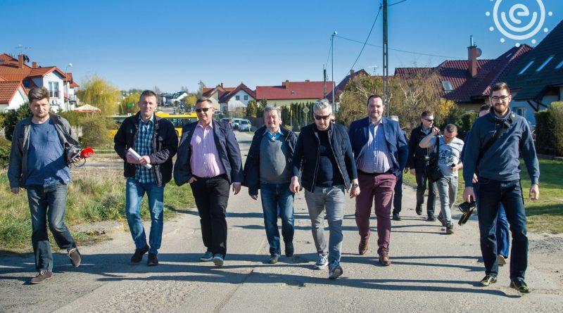Fotorelacja z wizyty Prezydenta Koszalina na naszym osiedlu